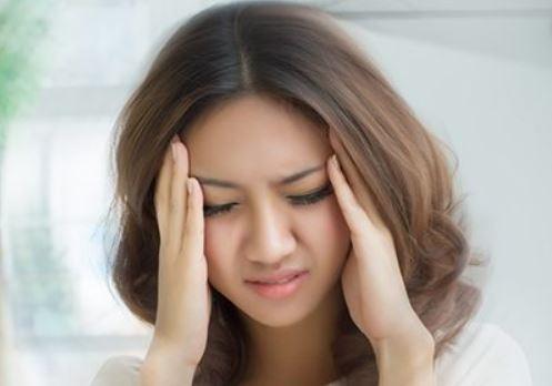 Ischemic stroke causes sudden severe headaches