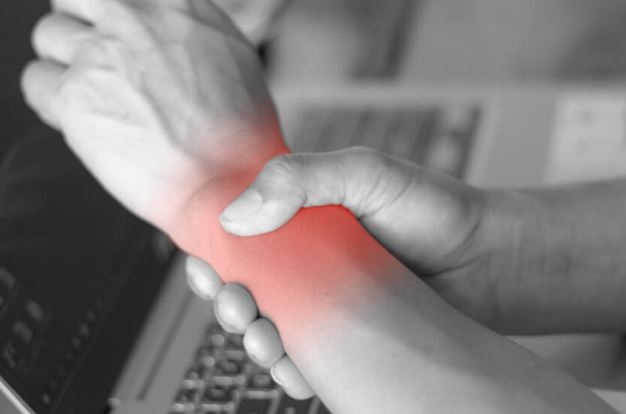 Repetitive movement causes pain in the wrist